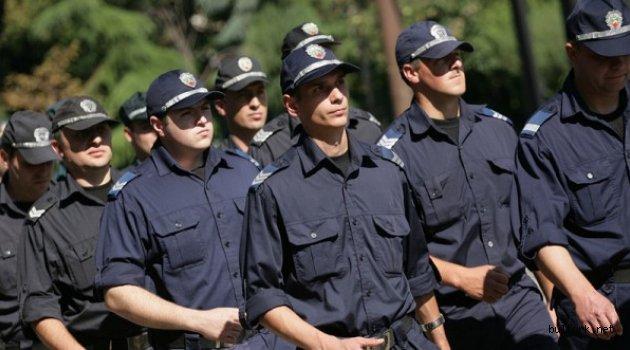 Bulgaristan'da polislere gece çalışması için saat başına 1 leva