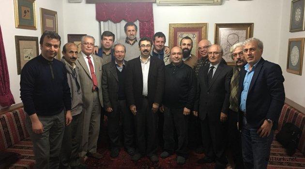Kocaelili Şair ve Yazarlar Yılın Son Toplantısını Yaptı
