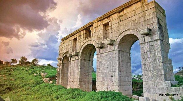 Patara Antik Kenti Nerededir?