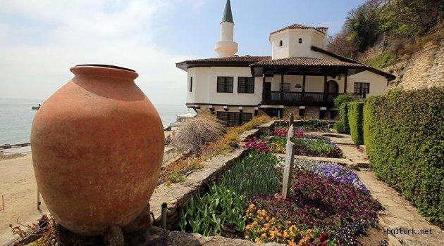 ''Sessiz Yuva'' Balçık Sarayı