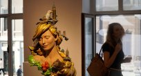 İstanbul'un sembollerini tek heykelde topladı