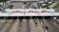 Türkiye yabancı vatandaşlara sınır kapılarını açtı