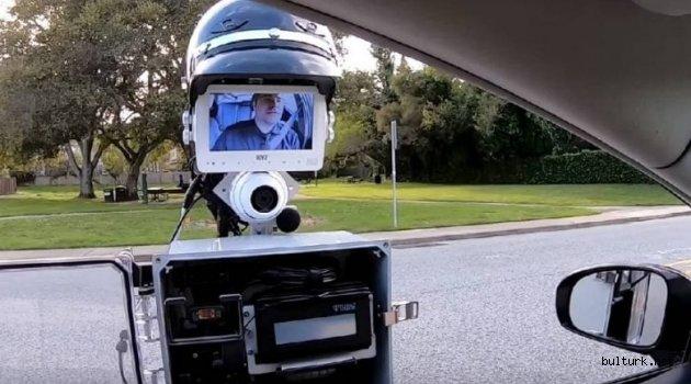 Trafik ve Teknoloji: Polis Robotu Trafikte İş Başında