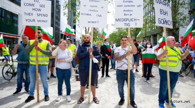 Yurtdışında bulunan Bulgaristan vatandaşları protesto hazırlığında